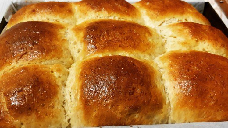Portuguese Milk Bread Buns (with an Asian twist)
